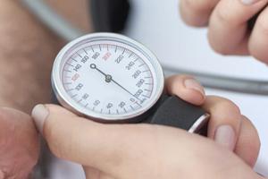 низкое давление при диареи